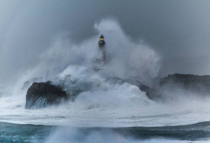 Mouro Island Lighthouse (Built In 1860), Spain Image credits: Juan Carlos Ruiz