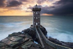 Kermorvan Lighthouse, Bretagne, France  Image credits: Nicolas Rottiers